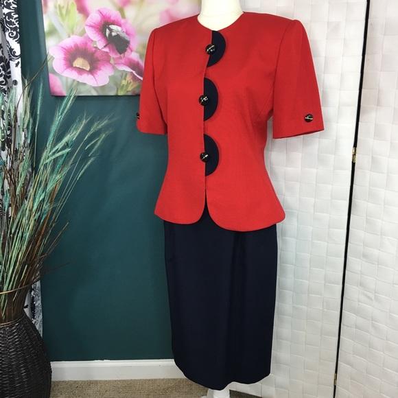 17118c55880b Le Suit Dresses & Skirts - EUC Le Suit Skirt Set Navy Blue and Red Sz